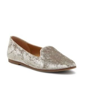 Lucky Brand Caryln Loafer in Silver Velvet 8